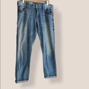 GAP Sexy Boyfriend 1969 jeans size 27R